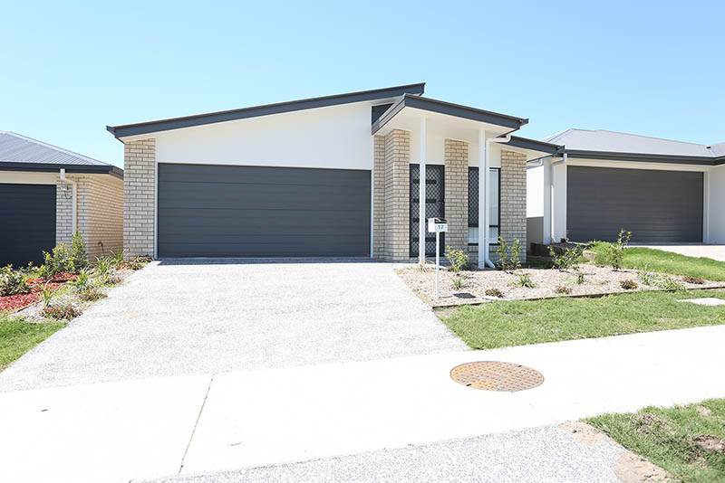 Yarrabilba,4 Bedrooms Bedrooms,2 BathroomsBathrooms,House,1029