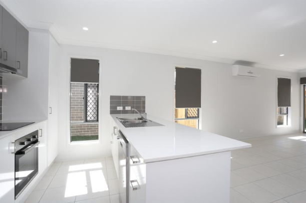 Yarrabilba,4 Bedrooms Bedrooms,2 BathroomsBathrooms,House,1071